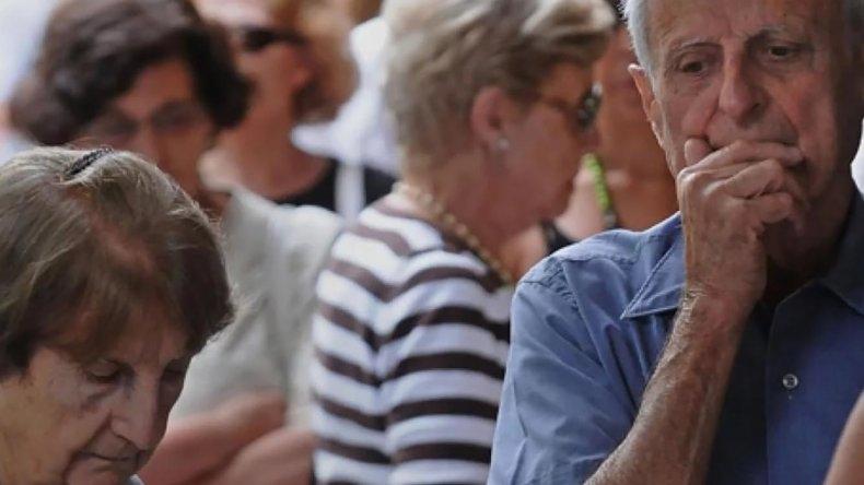 Economía  Los jubilados continúan perdiendo
